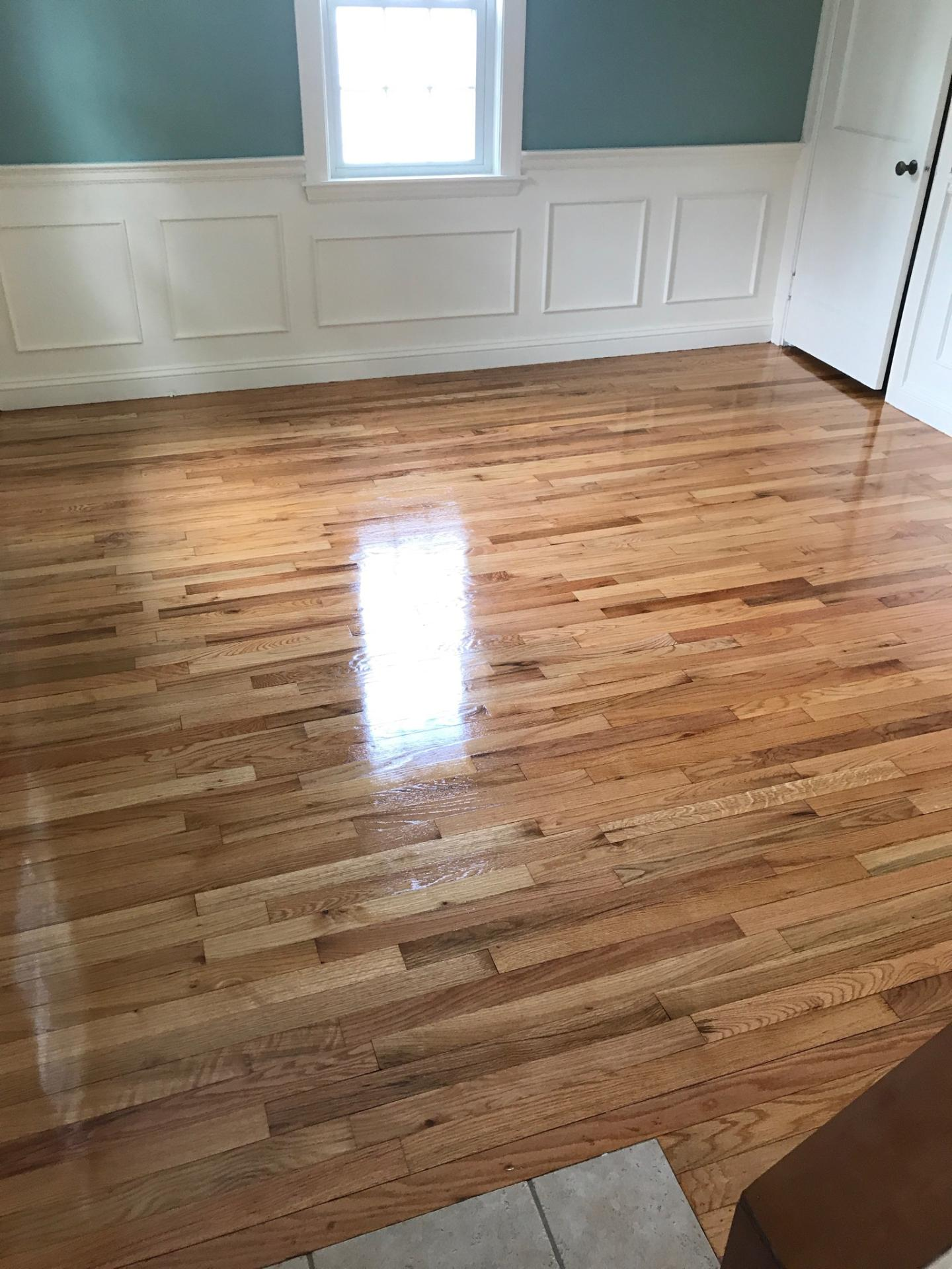 Red oak hardwood floors with a high gloss finish central for Hardwood flooring inc