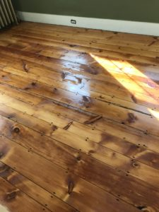 Reclaimed pine with oil based polyurethane (2)
