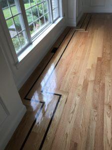 Red oak hardwood floor install with custom border & oil based polyurethane (3)